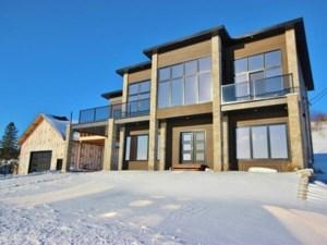 14515672 - Maison à étages à vendre