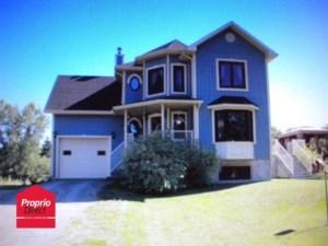 24879007 - Maison à étages à vendre