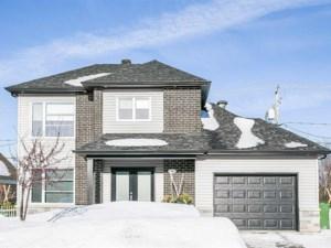 12343097 - Maison à étages à vendre