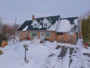 18730472 - Maison à 1 étage et demi à vendre