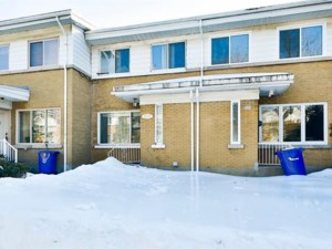 19939880 - Maison à étages à vendre
