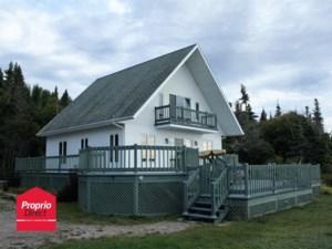 19551017 - Maison à 1 étage et demi à vendre