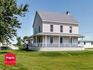 22593130 - Maison à étages à vendre