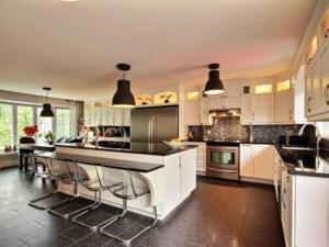 12231131 - Maison à paliers à vendre