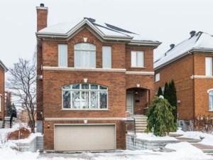 25463847 - Maison à étages à vendre