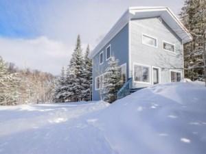 18353287 - Maison à étages à vendre