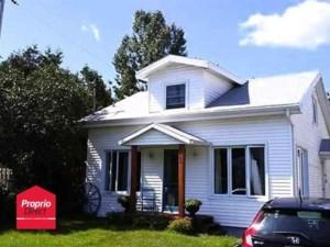 21180405 - Maison à 1 étage et demi à vendre