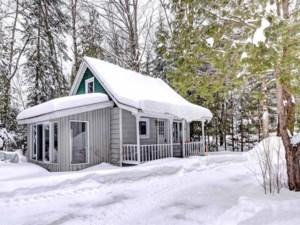 11604701 - Maison à étages à vendre