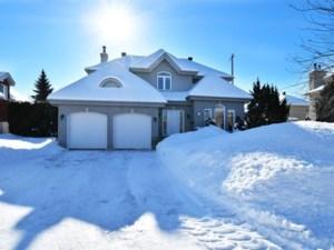 23144915 - Maison à étages à vendre