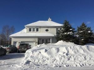 19237502 - Maison à étages à vendre
