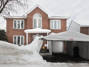 16087218 - Maison à étages à vendre