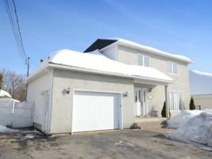 13679976 - Maison à étages à vendre