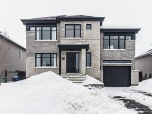 15390342 - Maison à étages à vendre