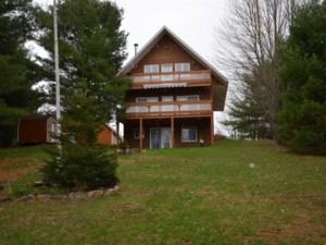 27035125 - Maison à étages à vendre