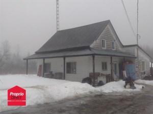 17750157 - Maison à étages à vendre