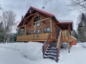 15899286 - Maison à étages à vendre