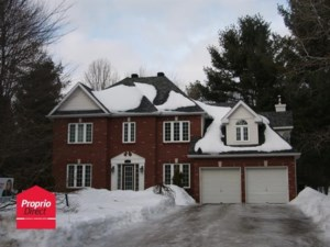 11030630 - Maison à étages à vendre