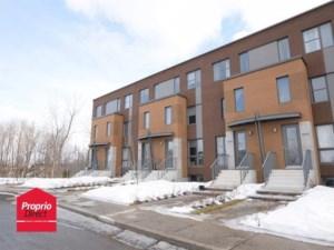 15794895 - Maison à étages à vendre