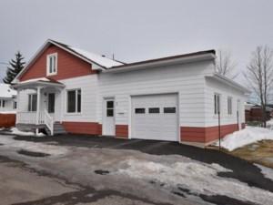 13027729 - Maison à étages à vendre
