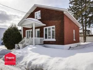 20849198 - Maison à étages à vendre