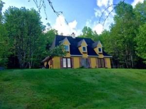 23080428 - Maison à 1 étage et demi à vendre
