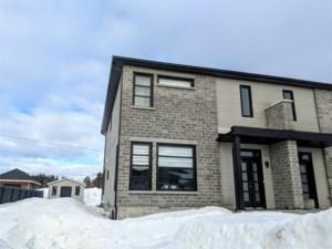 14239048 - Cottage-jumelé à vendre