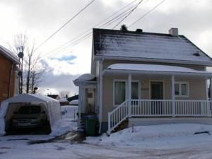 14995986 - Maison à étages à vendre