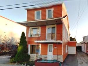21419324 - Maison à étages à vendre
