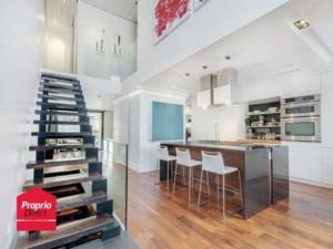 17647335 - Maison à étages à vendre