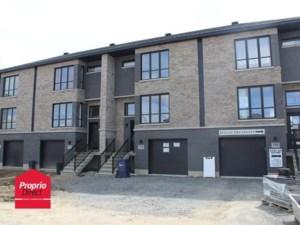 20598357 - Maison à étages à vendre