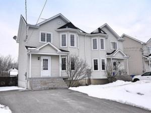 24104869 - Cottage-jumelé à vendre