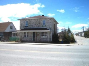 25620483 - Maison à étages à vendre
