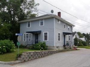 28306837 - Maison à étages à vendre