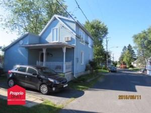 14140211 - Maison à étages à vendre