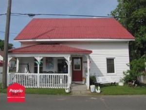 18885003 - Maison à étages à vendre
