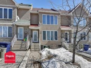 28451286 - Maison à étages à vendre