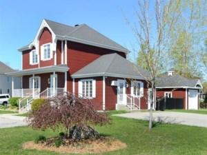 11563015 - Maison à étages à vendre