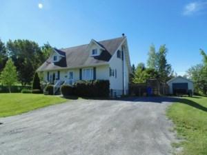 19949551 - Maison à 1 étage et demi à vendre