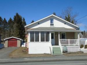 24875676 - Maison à 1 étage et demi à vendre
