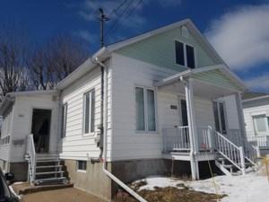 24197634 - Maison à étages à vendre