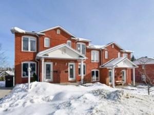 19943661 - Maison à étages à vendre