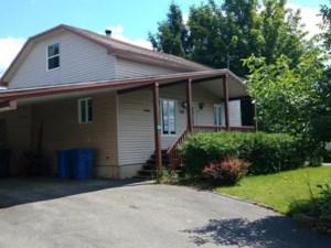 19489000 - Maison à 1 étage et demi à vendre