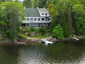 9026903 - Maison à étages à vendre