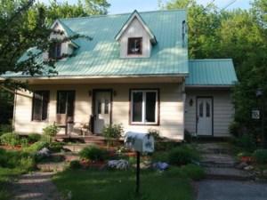 18525503 - Maison à étages à vendre