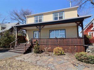 22504510 - Maison à étages à vendre