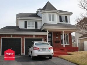 14428630 - Maison à étages à vendre