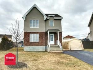 21022144 - Maison à étages à vendre