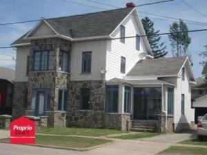 21615182 - Maison à étages à vendre