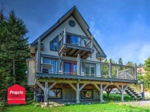 23651564 - Maison à étages à vendre