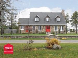 23766206 - Maison à étages à vendre